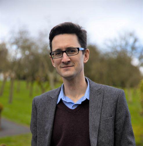 Dr Gareth Crispin